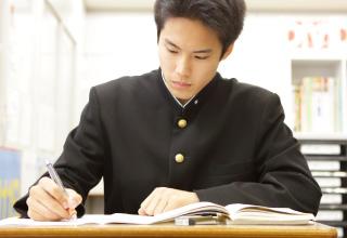 入塾するタイミングも自分次第。生活スタイルや目標など、自分に合ったペースで学べます。