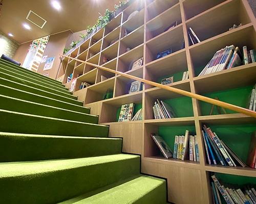 蔵書も多数